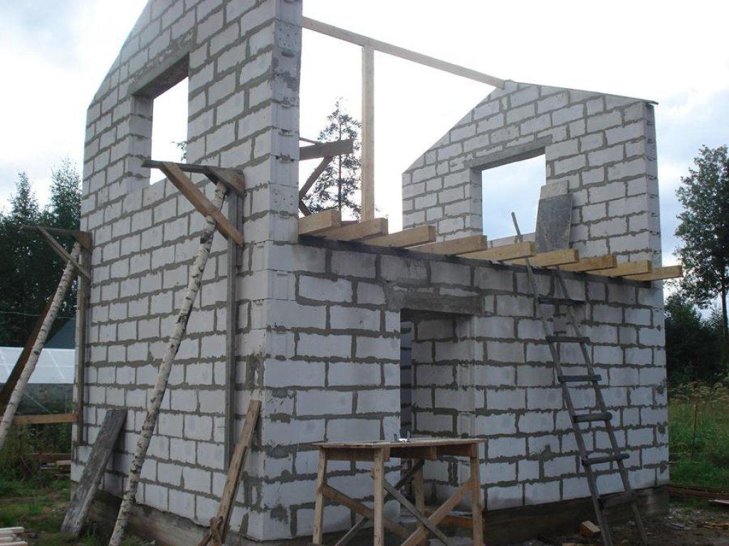 Технология строительства дома из газобетонных блоков. в чем .